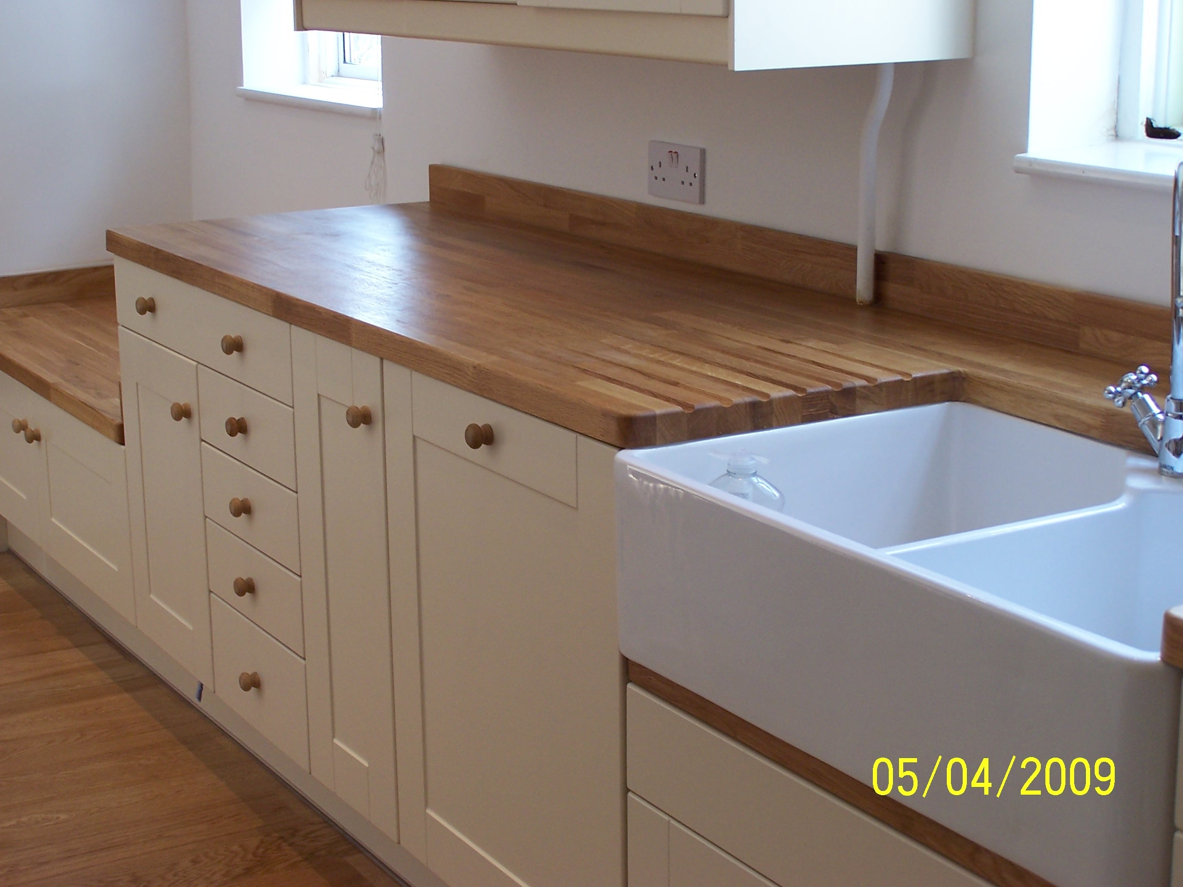 Oak worktops top worktops for Kitchen worktop cutting template